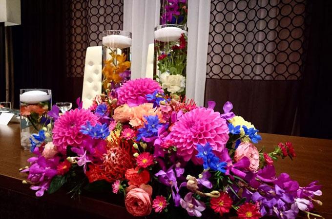 本日ご結婚式のお二人の会場装花です \u2013 萃香園ホテルブログ